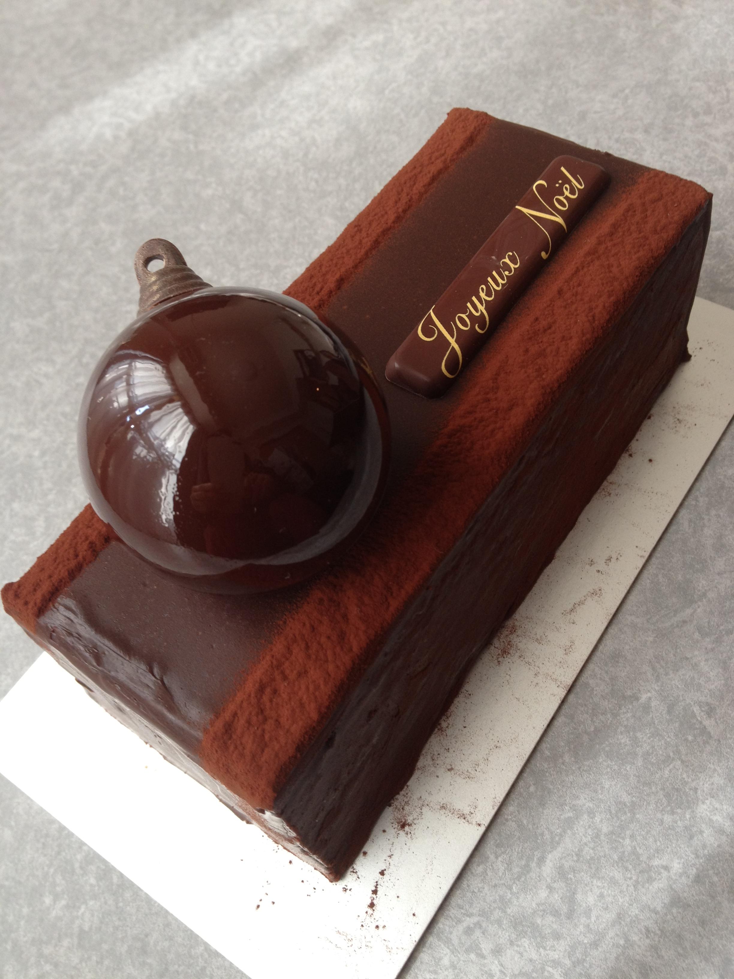 奮発して買ったジャン・ポール・エヴァンのクリスマスケーキ
