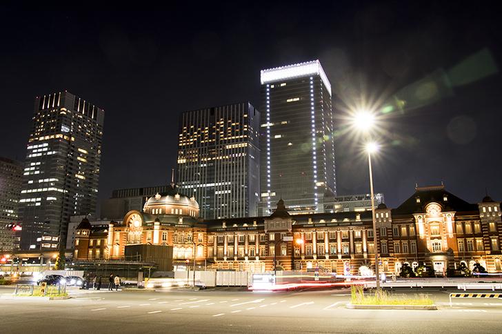 ライトアップされた東京駅丸の内駅舎