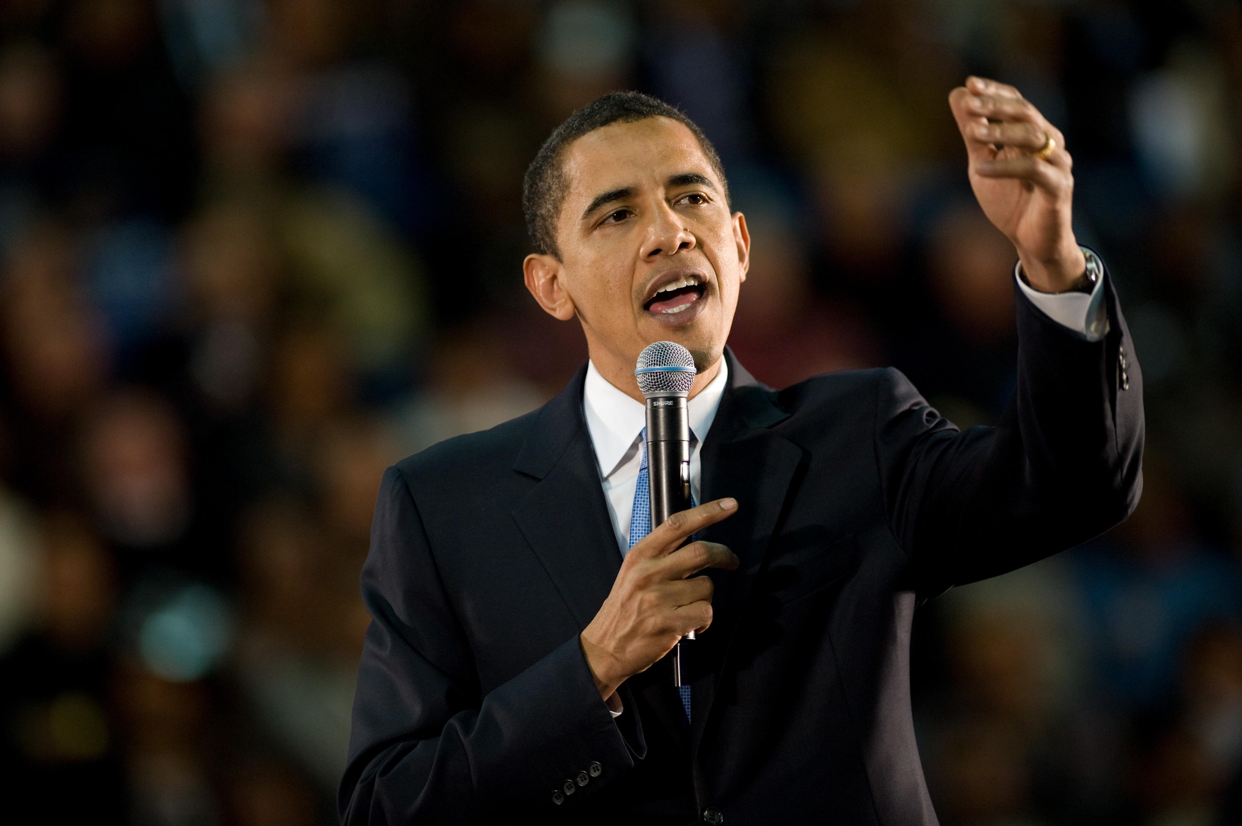 演説をするオバマ元米大統領