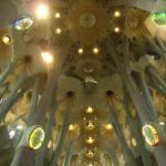 サグラダファミリアの聖堂の中